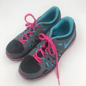 Nike Dual Fusion Run 2 Running Shoe Size 7Y